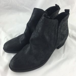 77b0bc6aa448 Carlos Santana Shoes - Black booties boots ankle short fabric low heel 9